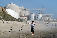 csmarchives/2011/03/0404-AUSLESSONS-NUCLEAR-POWER-PLANT.jpg