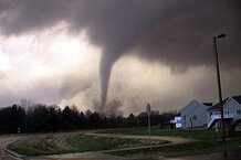 csmarchives/2011/04/MIDWEST_TORNADOES_3127441.JPG