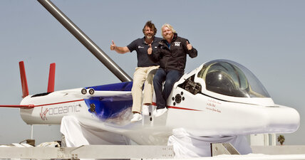 Richard Branson's newest toy: A flying submarine