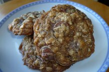 csmarchives/2011/05/Oatmeal Cookies 1 - Alice Medrich.jpg