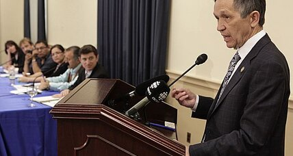 GOP seizes on Kucinich idea as a way to condemn Obama on Libya