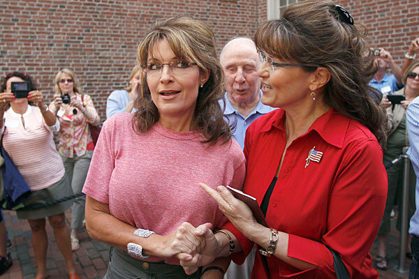 Sarah palin vs mainstream media whos winning csmonitor sarah palin left poses with celebrity look alike impersonator cecilia thompson during a tour of boston june 2 2011 thecheapjerseys Choice Image