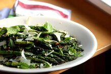 csmarchives/2011/06/roasted asparagus.jpg