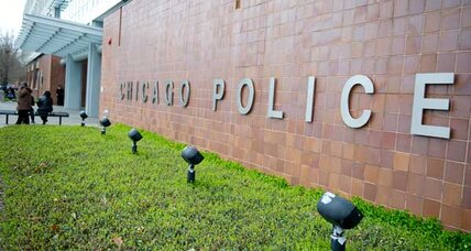 Chicago police use more deadly force as gang war heats up