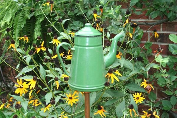How to create yard art in five easy steps for Garden art to make
