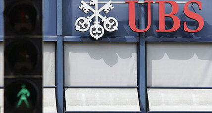 Former UBS banker charged with helping clients dodge US taxes
