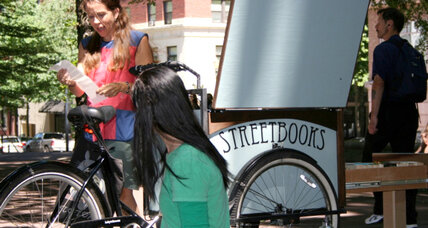 Laura Moulton brings books to the homeless – by bike