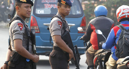 Pakistan extradites Bali bombing suspect Umar Patek to Indonesia