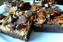 csmarchives/2011/08/chocolate caramel brownies.JPG