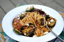 csmarchives/2011/08/grilled-zucchini-pasta.jpg