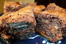 csmarchives/2011/08/oreo caramel brownies.jpg