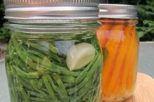 csmarchives/2011/08/pickled-seabeans-2.jpg