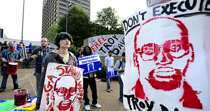 Troy Davis loses last-ditch clemency bid, after winning global support
