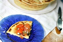 csmarchives/2011/09/algerianflatbread13.jpg