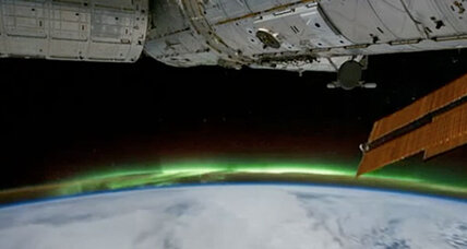 Southern Lights (Aurora Australias): A rare video from above