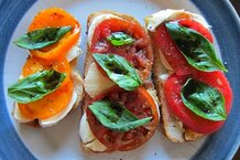 csmarchives/2011/09/tomato tartine.jpg