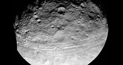 New images of protoplanet Vesta reveal mountain bigger than Everest