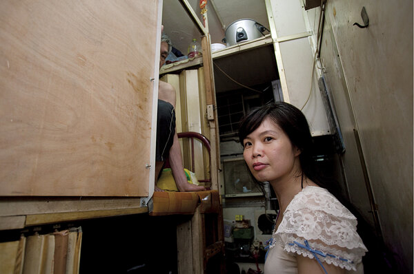 Sze Laishan Helps The Poor Trapped In Tiny Coffin And Cage Tenements Csmonitor Com