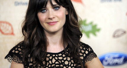 Zooey Deschanel, country stars to sing at World Series