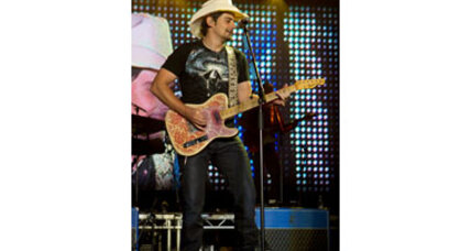 Brad Paisley to release book on his musical heroes