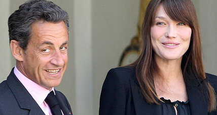 Carla Bruni: It's a  girl, the first baby in a French presidency