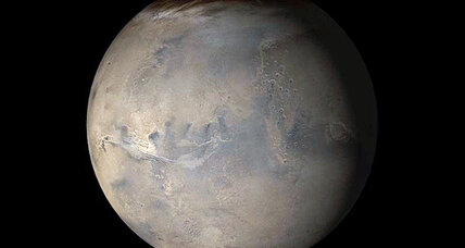 Looking for life on Mars? Dig deep, new study suggests.