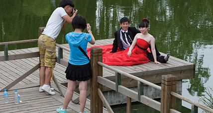 'Naked marriages' on rise in China