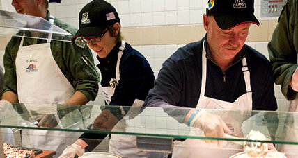 Gabrielle Giffords serves Thanksgiving meal at military base