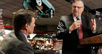 How Sheriff Joe Arpaio helps (and hurts) Rick Perry on illegal immigration