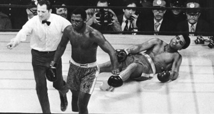 Joe Frazier remembered for classic bouts with Muhammad Ali (video)