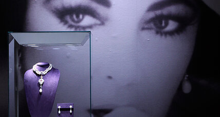 Elizabeth Taylor auction nets record millions (VIDEO)