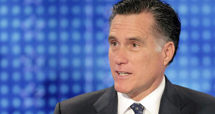 Romney changes strategy after poll shows campaign flagging