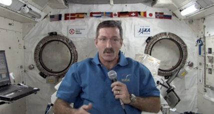 Astronauts plan space station holiday bash (Video)