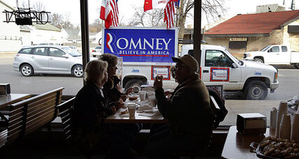 Campaign ads go negative in Iowa as Romney, Gingrich, Ron Paul mix it up (VIDEO)