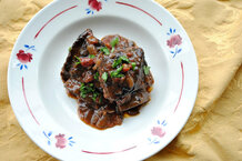 csmarchives/2011/12/braised-short-ribs-with-onion-tomato-e1321372910623.jpg