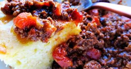 Beef chili and cheddar cornbread