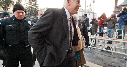 Penn State scandal: What's Jerry Sandusky's trial strategy?