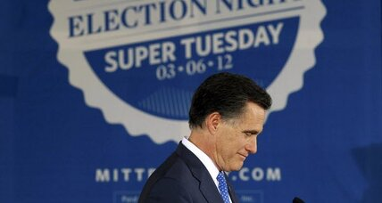 Super Tuesday impossibly close for Romney, Santorum