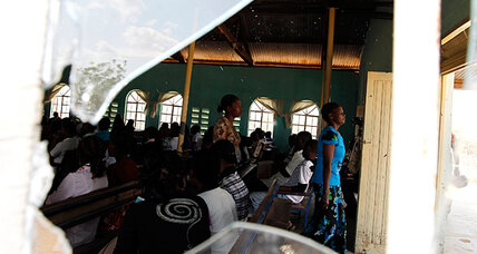 After attacks, Kenyan Muslims guard Christian churches