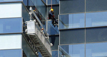Four Las Vegas window washers rescued from side of hotel