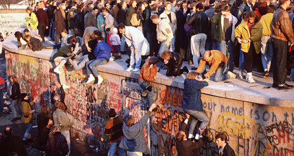 From the Monitor archives: After the fall of the Berlin Wall, what's next?